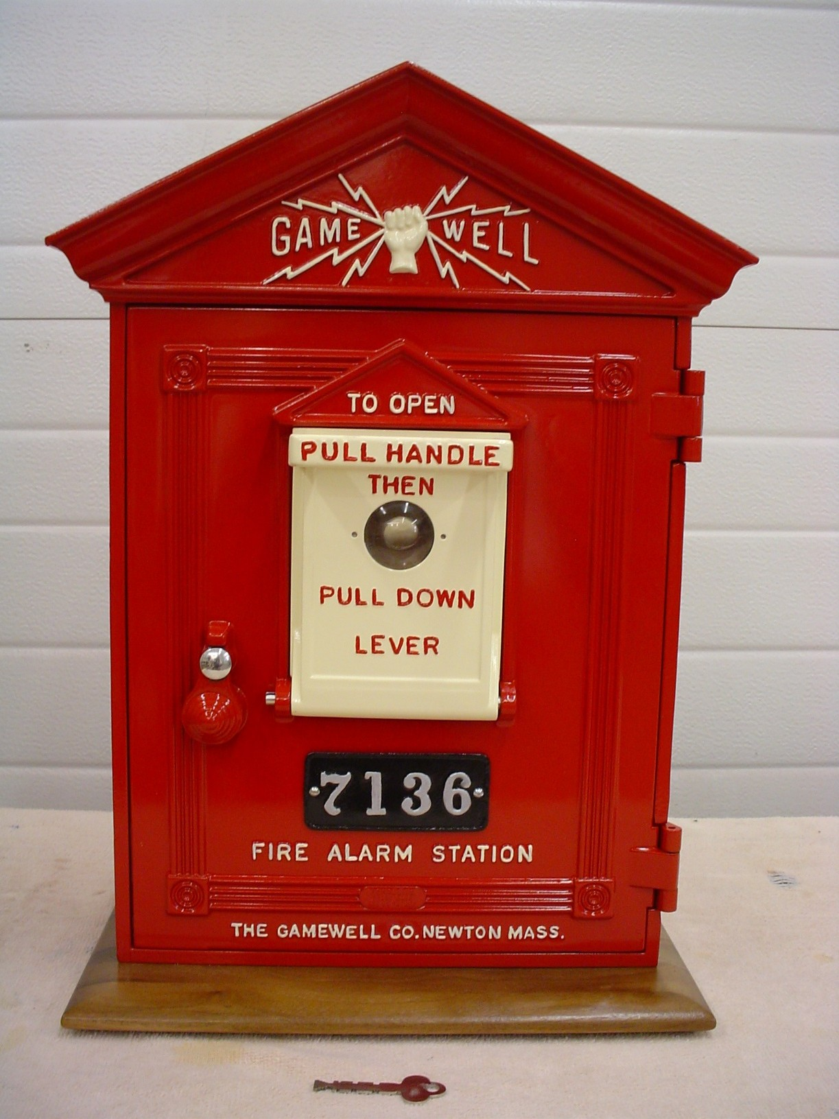 Gamewelll Fire Alarm Box With Stand